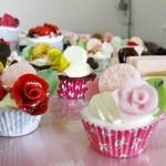 新色クリーム☆カスタードクリームとイチゴクリームのカップケーキ